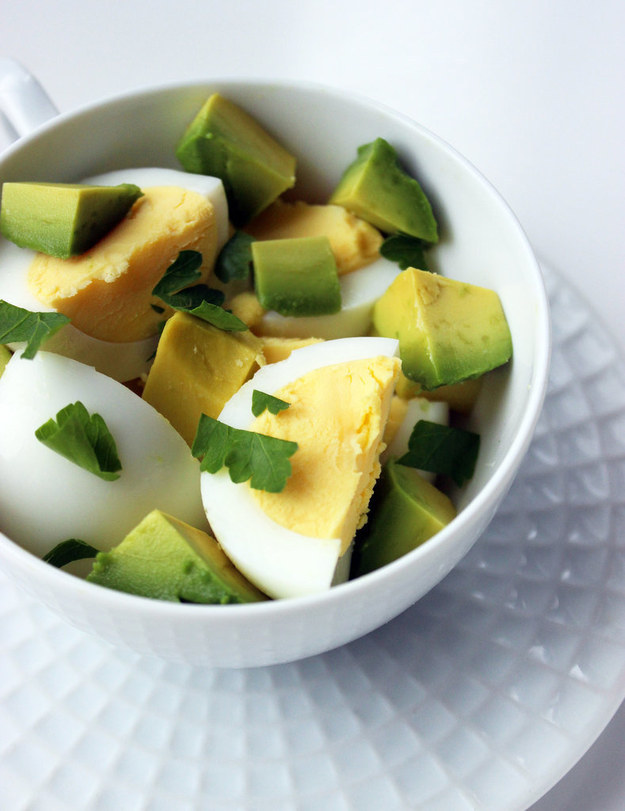 Healthy Breakfast Recipes Avocado and Egg Breakfast Bowl