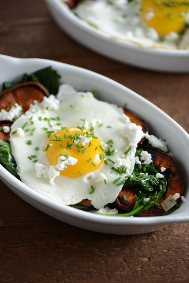Healthy Breakfast Recipes Sweet Potato and Spinach Breakfast Bowl