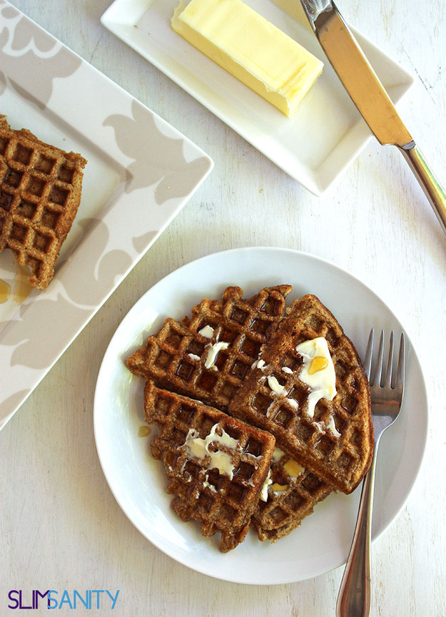 Healthy Breakfast Recipes Whole-Wheat Applesauce Waffles