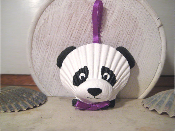 Seashell-panda-bear-handpainted-shells