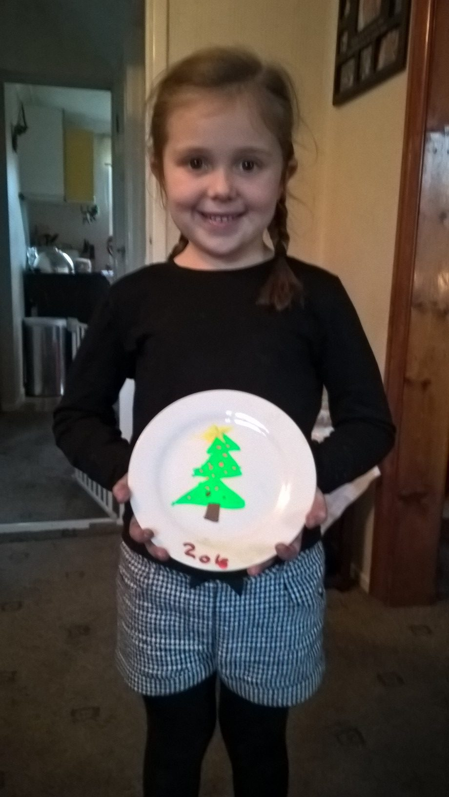 Chalkola Chalk Pens Christmas Tree Decorated plate