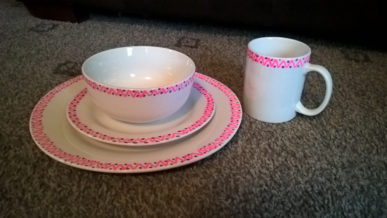 Chalkola Chalk Pens decorated Plate-Bowl-Cup