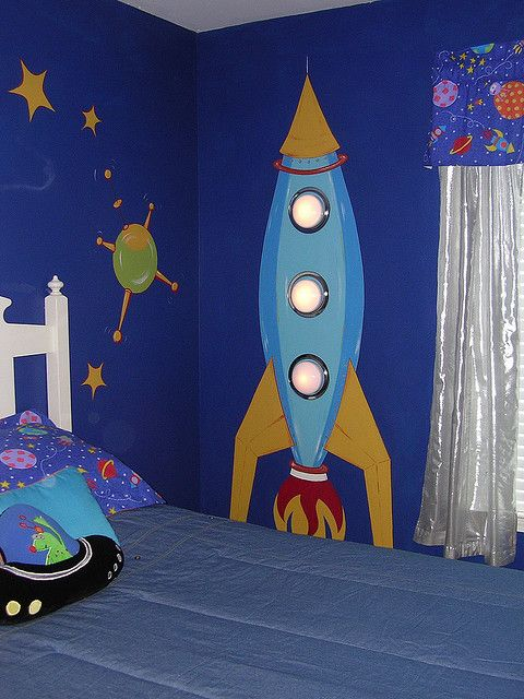 15 Cool Kids Room Ideas - Painted Space Rocket Decor